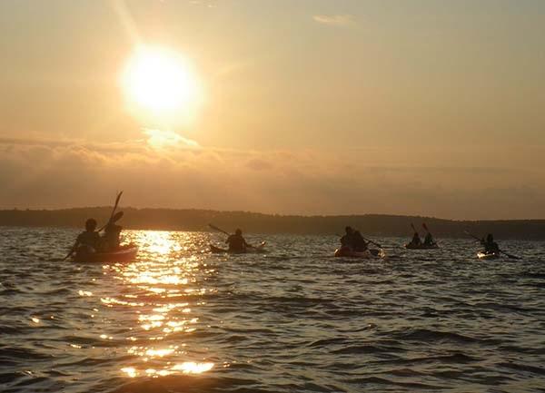 APPAAT kayak nocturne